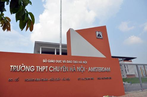 Top 10 trường THPT có tỷ lệ học sinh đỗ đại học cao nhât cả nước